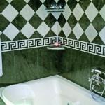 Reforma cuarto de baño. Bañera. Alicatado