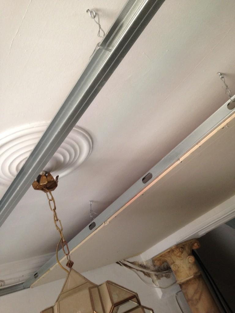 Colocaci n de techo de pladur obras y servicios m laga - Bajar techos con pladur ...