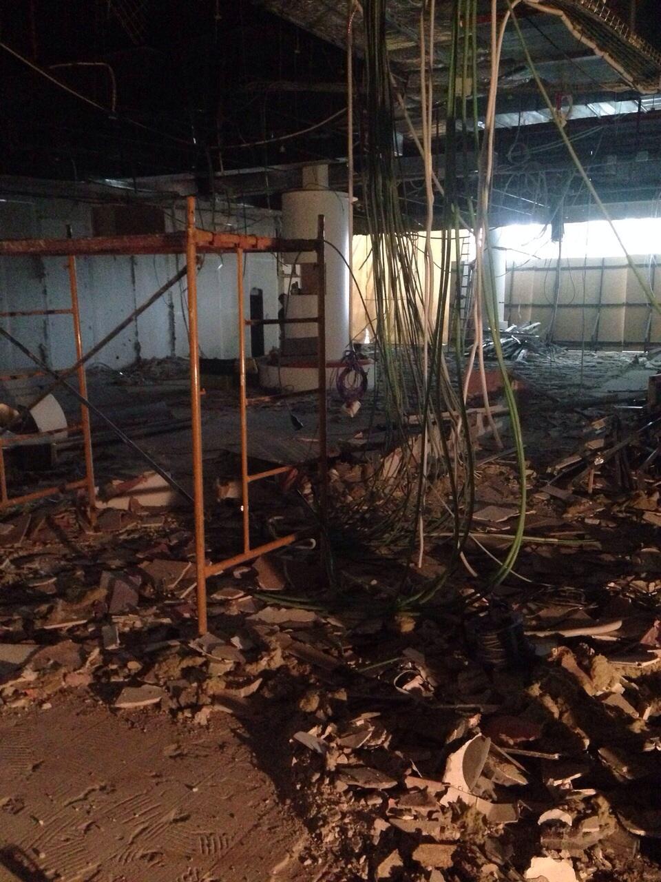 Demoliciones de locales comerciales, casas, etc.