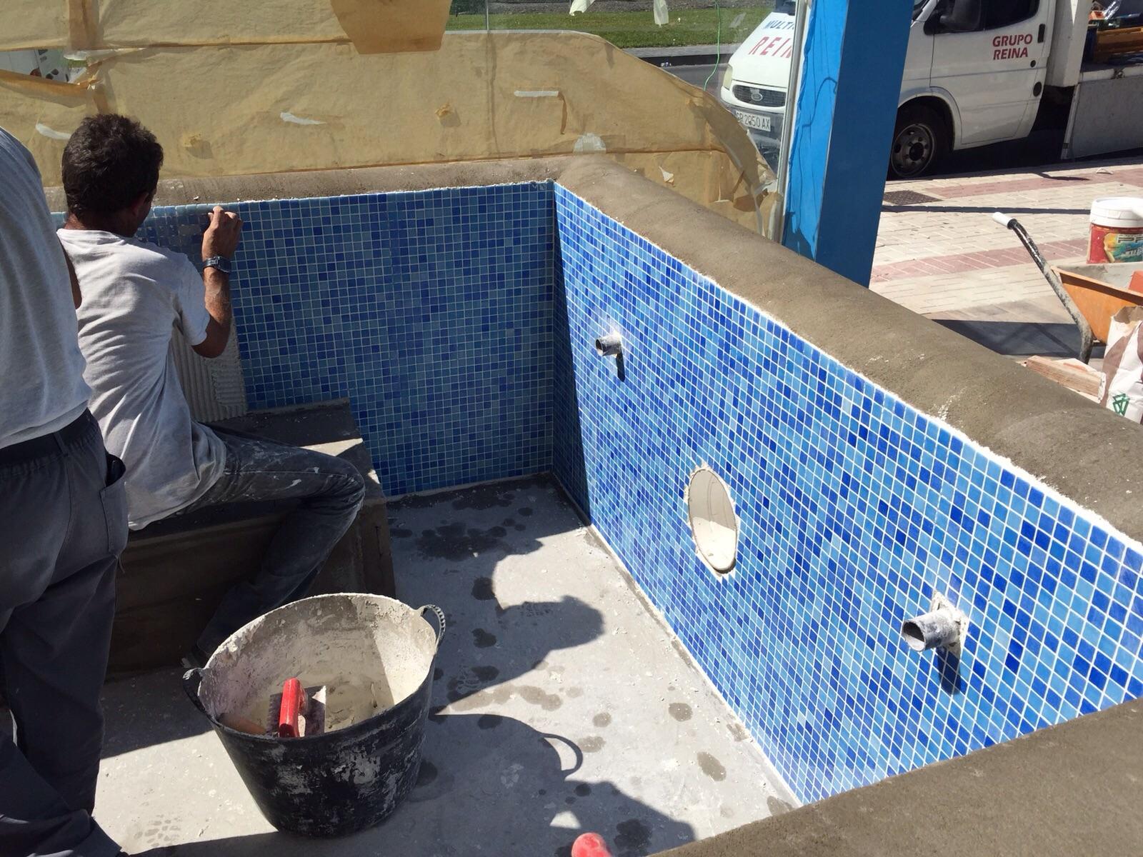 Construccion de piscinas obras y servicios m laga for Piscinas malaga construccion